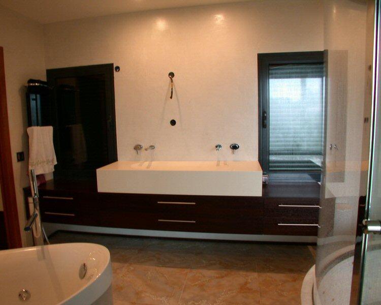 Réalisation sur mesure de salles de bain et meubles de bain en bois ...